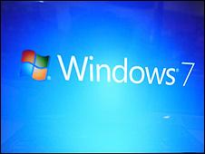 """مايكروسوف تطلق احدث برمجياتها """"ويندوز 7"""" لتشغيل المحمول"""