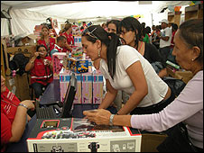 Feria Socialista de Juguetes en Caracas