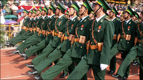 Lễ phục K-08 (Hình Quân Sử Việt Nam)