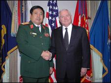 Bộ trưởng Quốc phòng Việt Nam và Hoa Kỳ