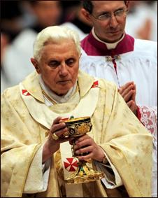 Giáo hoàng cử hành lễ
