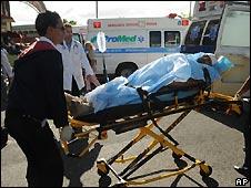Un herido haitiano llega a hospital de República Dominicana