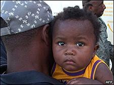 Niño haitiano es evacuado a EE.UU.