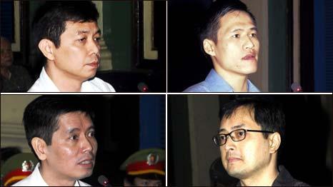 Phiên tòa 20/1/2010 (ông Lê Công Định ở góc dưới bên phải)