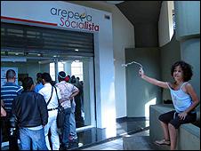 Arepera socialista en Caracas, casa de arepas inaugurada por el gobierno de venezuela