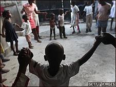 Niños en el orfanato Foyer de la Patience des Infantes