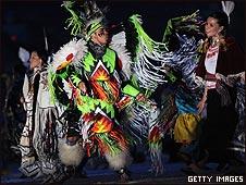 Danzas indígenas en la inauguración de los XXI Juegos Olímpicos de Invierno en Vancouver, Canadá