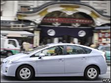"""Las autoridades de seguridad vial en Estados Unidos reclamaron que Toyota entregue documentación relativa a su masiva retirada de autos del mercado por fallos mecánicos para determinar si el fabricante japonés """"actuó con la rapidez necesaria""""."""