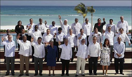 Mandatarios en la Cumbre de la Unidad (2/2010)