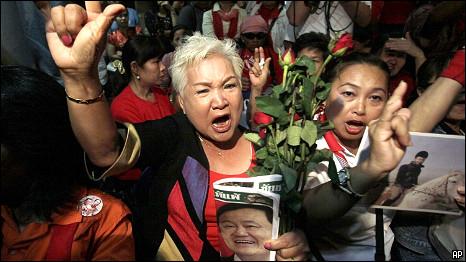Massa pendukung Thaksin Shinawatra