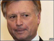 Olimpiyat Komitesi Başkanı istifa Etti