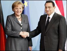 مبارك وميركل