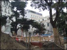 Obras de construcción de un estacionamiento en Madrid. Foto: Juanjo Robledo