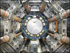 Acelerador de partículas batizado de Grande Colisor de Hádrons (PA)