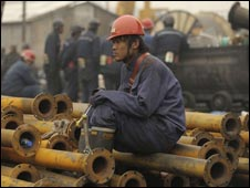 الصين تسيطر على تصدير العناصر النادرة الضرورية للتكنولوجيا المتقدمة 100401035536_miner226i_afp