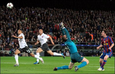 برشلونة يدحر أرسنال بـ 4 اهداف لواحد ويتقدم لنصف نهائي دوري أبطال أوروبا