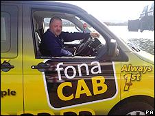 Joe Duffy em seu táxi