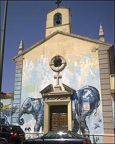 """La iglesia del """"cura rojo"""" 100429182931_sp_iglesia3"""