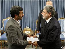 Mahmoud Ahmadinejad e Celso Amorim