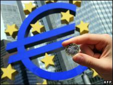 ارتفاع الأسهم بعد إقرار حزمة الإنقاذ المالي الأوروبية 100510010125__226x170_b2