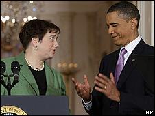 Elena Kagan (izq.) junto al presidente de EE.UU., Barack Obama