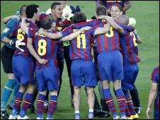 برشلونة بطل الدروي 2010 100516201035_barca1_