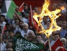 Gelombang protes atas aksi Israel bergulir di banyak negara