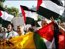 Banyak pihak mengecam aksi Israel di Gaza