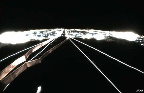 Vela solar da Ikaros (foto: Jaxa)