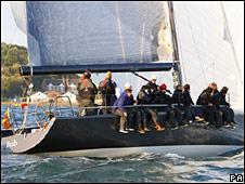 """Yate """"Bob"""", de Tony Hayward, en la regata en la Isla de Wight"""
