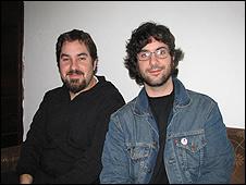 El guionista Rodolfo Santullo (izq), y el dibujante Matías Bergara.
