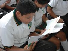 Presentación del Manual y Protocolo de Seguridad Escolar en Nuevo León, México.