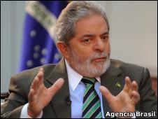 O presidente Luiz Inácio Lula da Silva, em entrevista à TV Brasil Internacional (Roosewelt Pinheiro/ABr)
