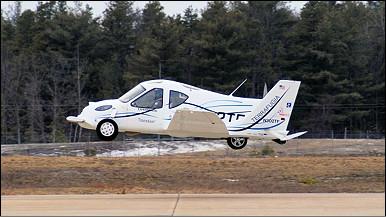 سيارة طائرة لتفادي الزحمة 100708104648_flyingcar_386x217_nocredit
