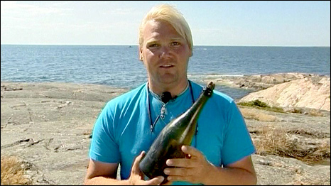 Diver Christian Ekstrom described the flavour of the champagne as 'fantastic'