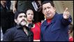 Diego Maradona (izq.) y Hugo Chávez en el palacio de Miraflores, sede de la presidencia venezolana.