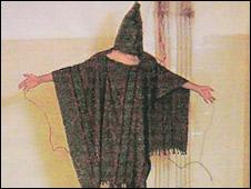 Preso iraqu� en Abu Ghraib.