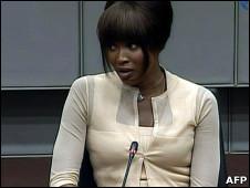 Naomi Campbell durante depoimento na quinta-feira