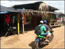 Calles de Guacamayo.
