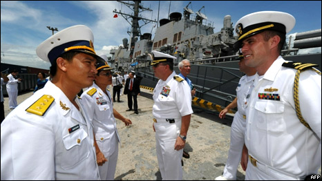 Hải quân Mỹ thăm Việt Nam
