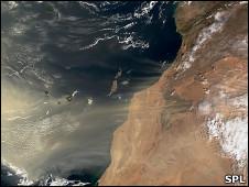 Nube de polvo en Africa