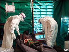 Foto de archivo de un enfermo de Ébola
