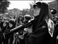 جنگ زنان ایرانی وارد صحنه های نظامی هم کرد؛ عکس از آلفرد یعقوب زاده