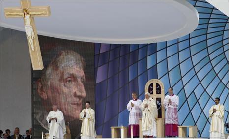 البابا في قداس تطويب الكاردينال جون هنري نيومان