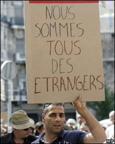 Marcha en Francia contra la xenofobia