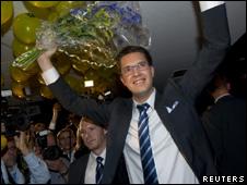 Jimmie Akesson celebra la entrada en el parlamento del Partido Demócratas de Suecia