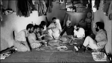 رزمندگان در سنگر