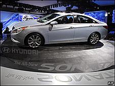 Hyundai Sonata en una exhibición Los Ángeles