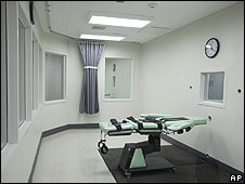 Cuarto donde se aplica la inyección letal en la prisión de San Quentin en California, EE.UU.