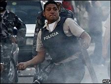 Policía sublevado